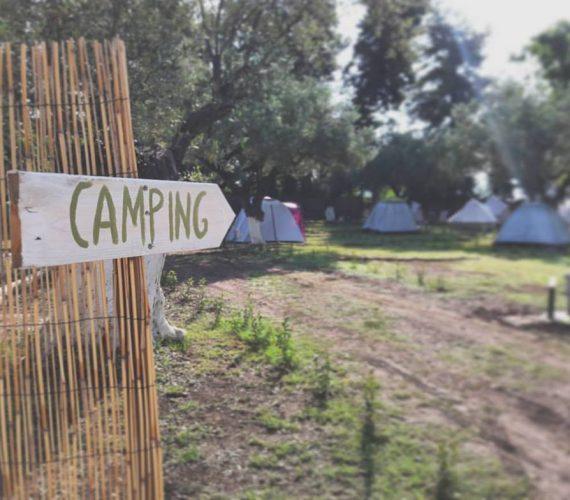 Ποια η διαφορά μεταξύ Camping και Glamping?